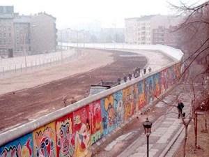 El Muro de Berlin en Bethaniendamm (1986)