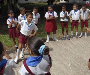 Niños-cubanos-jugando