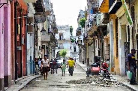 dc99Calles-de-la-Habana-Vieja-0027